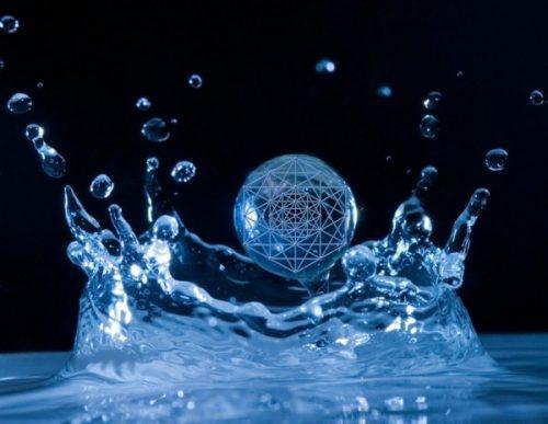 Apa, sursă de Puritate