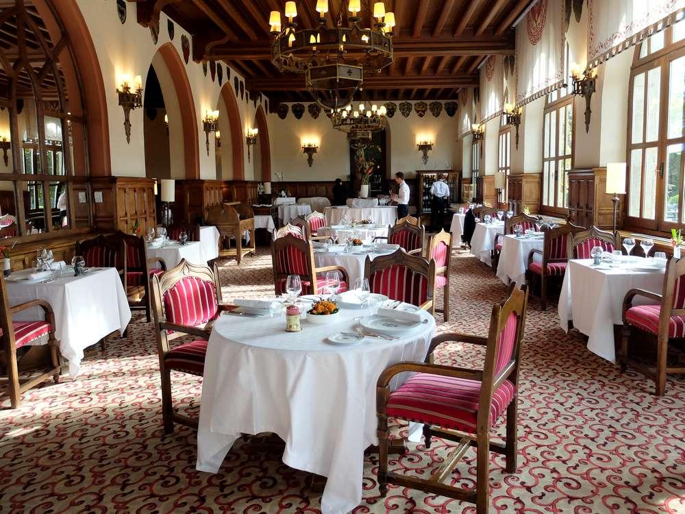 hotel-de-la-cite-restaurant-carcassonne_blog detours du monde