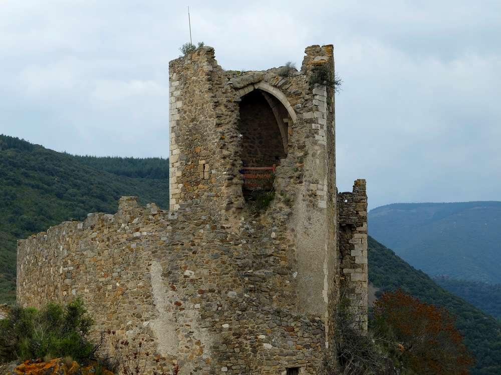 chateau-cabaret-lastours2_blog detours du monde