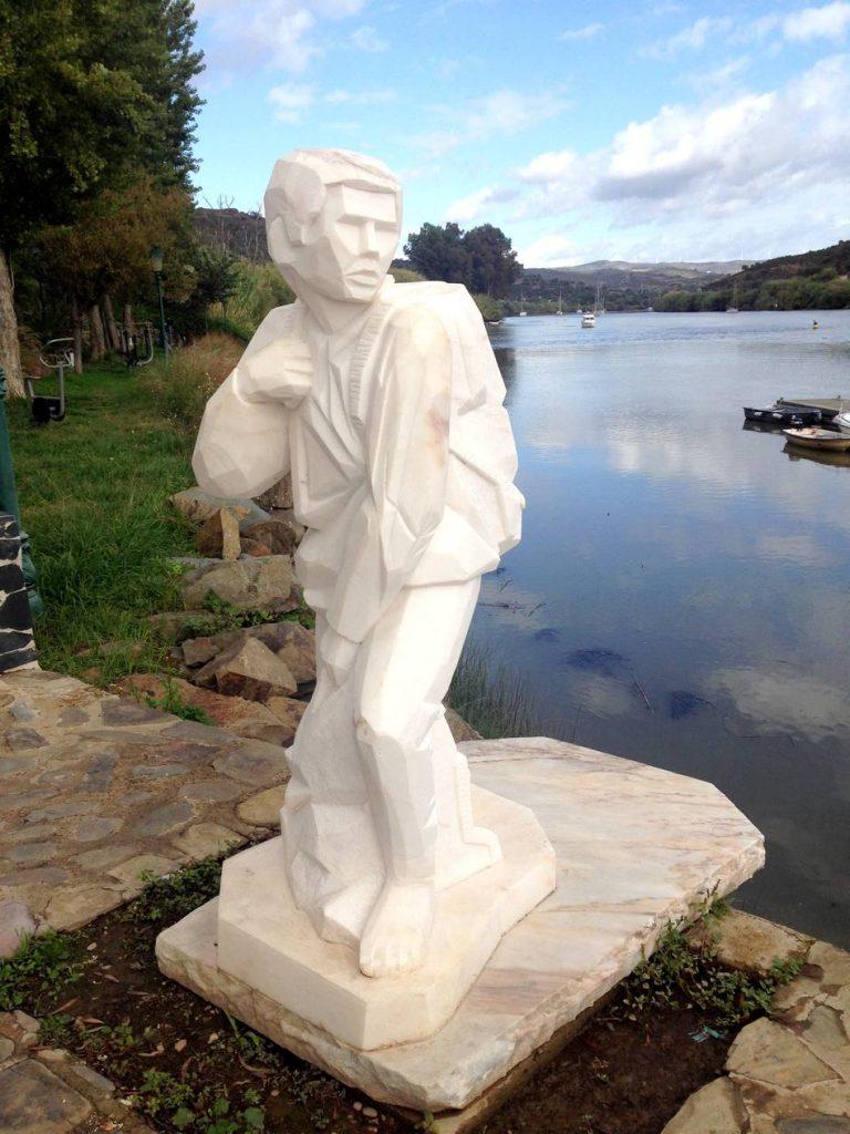 Alcoutim statue contrebande