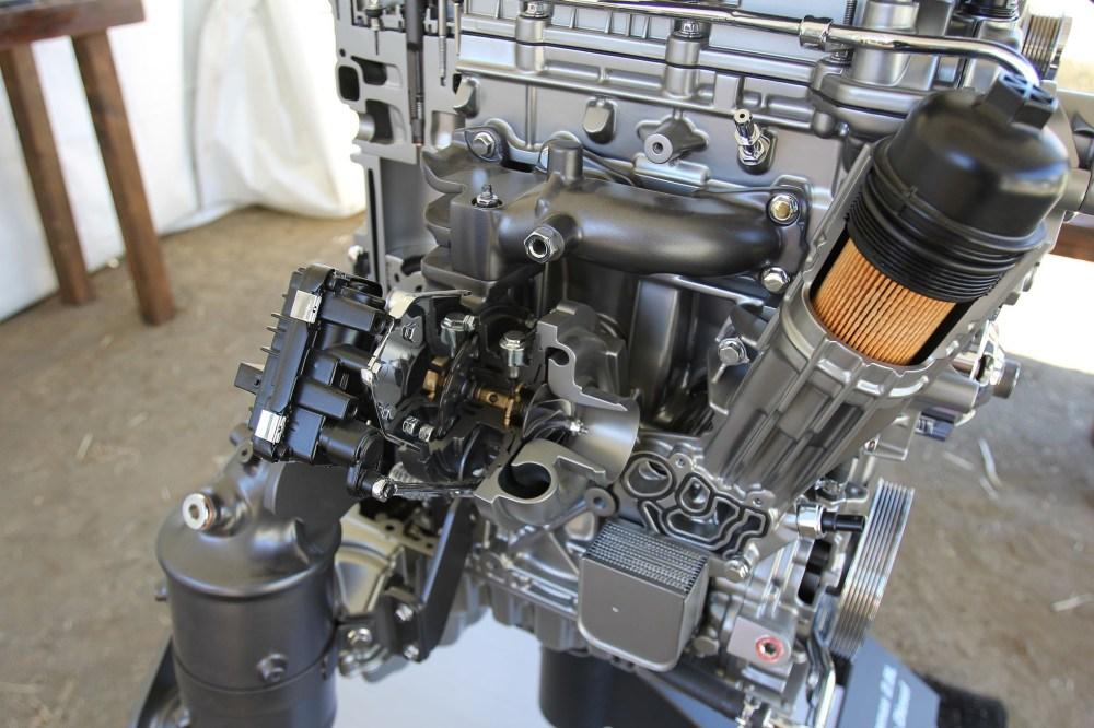 medium resolution of duramax diesel engine diagram 2016 chevrolet colorado 2 8l duramax diesel first drive of duramax