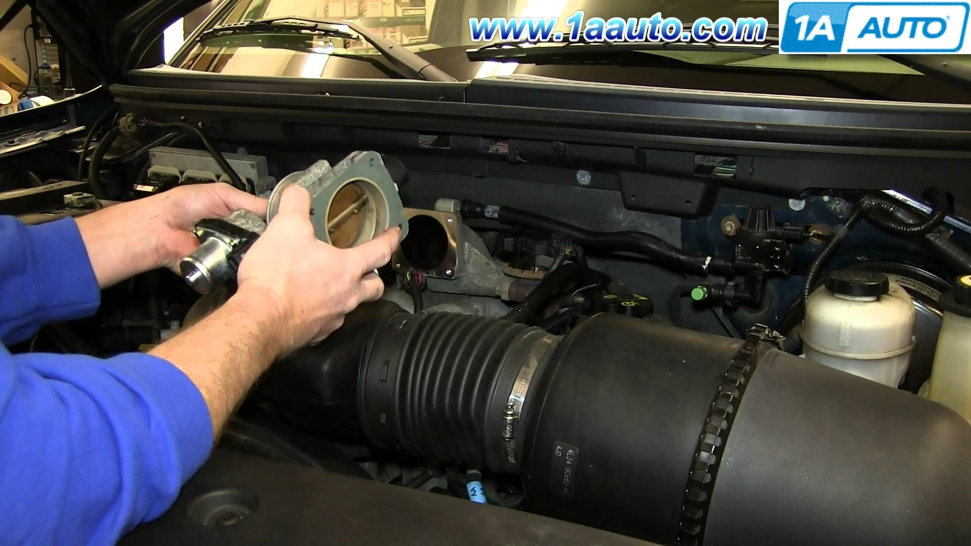 hight resolution of ford 5 4 triton engine diagram how to install replace engine throttle body 2005 06 ford