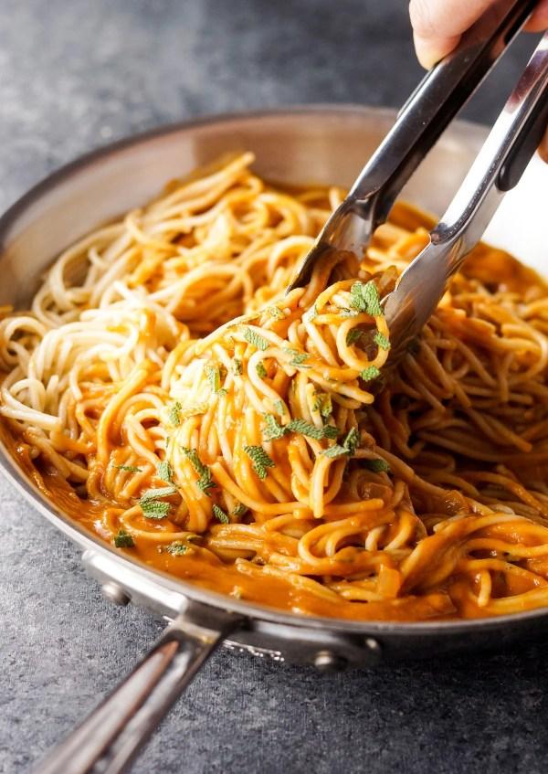 Vegan Tuscan Pumpkin Pasta Sauce Detoxinista