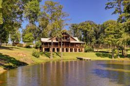 Cypress Lakes Lodge