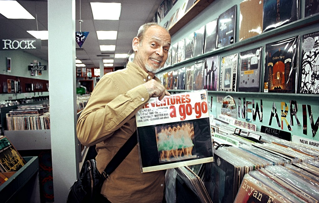 Exclusive Interview: Detroit music legend & founder of rock band The MC5, WAYNE KRAMER, on his new memoir 'The Hard Stuff'!