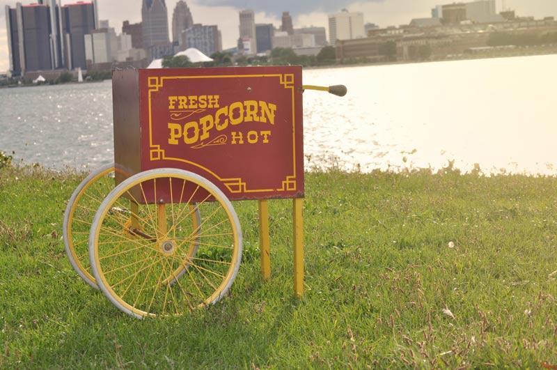 Detroit Chiavari Popcorn Cart