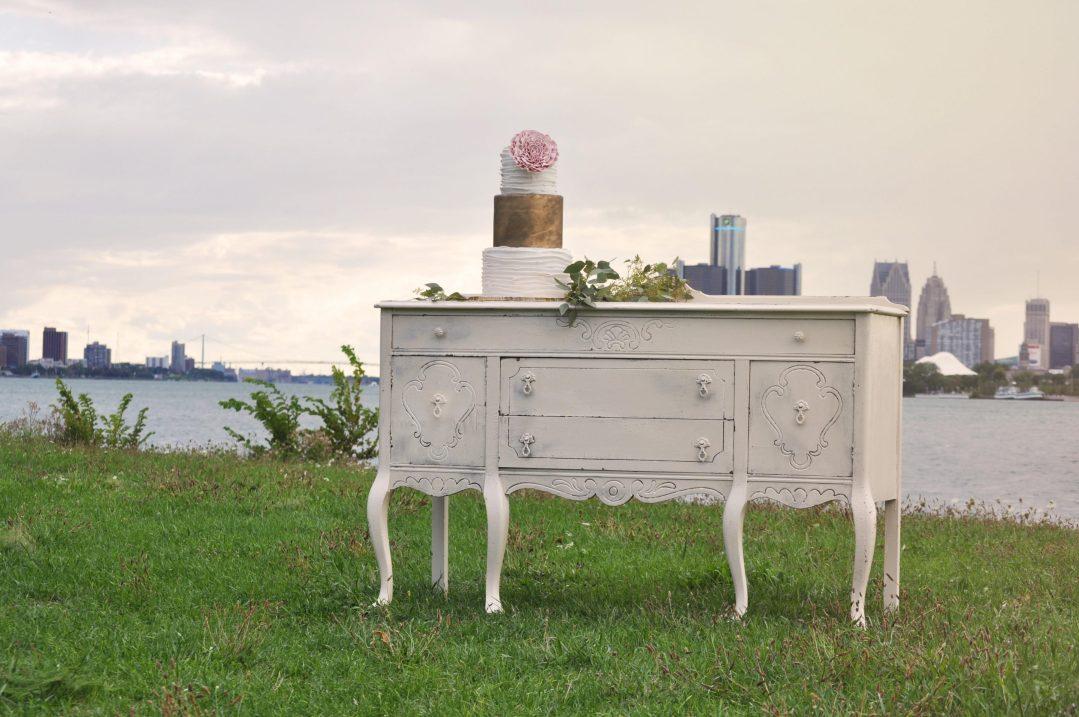 Detroit Chiavari Vintage Buffet