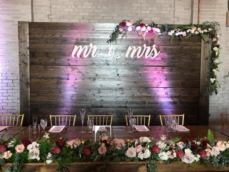 Wood Backdrop Wedding Wall Detroit Chiavari 8