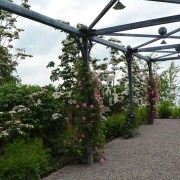 he-Branch-Studio-custom-Sylvan-pergola-detail_1