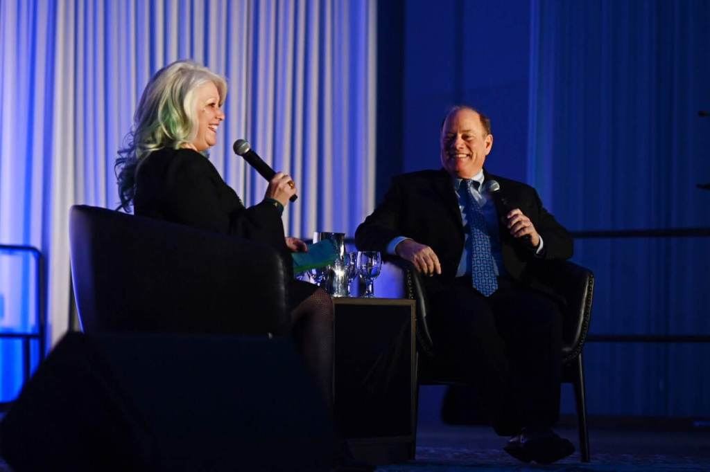 CHAIR OF THE DDP CINDY PASKY AND DETROIT MAYOR MIKE DUGGAN TALK AT TCF. PHOTO BY THE DOWNTOWN DETROIT PARTNERSHIP