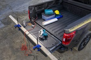 THE HYBRID F-150 WILL OFFER A GENERATOR TO POWER TOOLS AT A WORKSITE