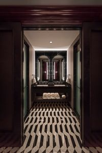 THE ENTRYWAY TO A GUEST ROOM. PHOTO FROM APARIUM HOTEL GROUP