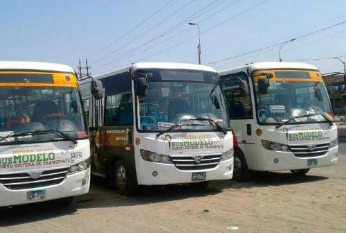 microbuses-implementan-sistema-de-cobro-electronico-en-trujillo