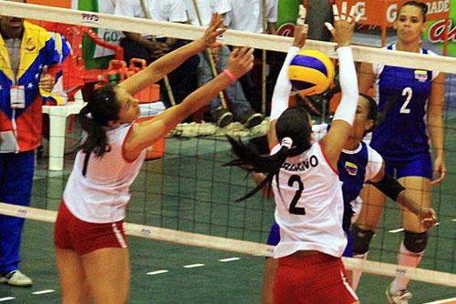peru-vencio-a-venezuela-debut-copa-sudamericana-de-voley