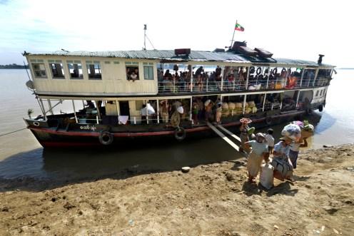 Irrawaddy, Myanmar, Burma, ferge