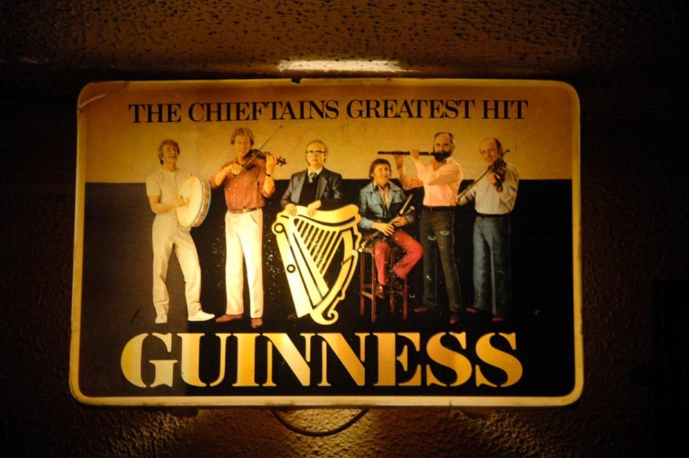 Westport, Matt Molloy's, Chieftains, Guinness reklame
