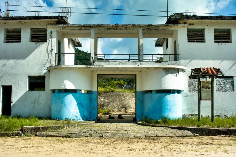 Cândido Mendes, Dois Rios, Ilha Grande
