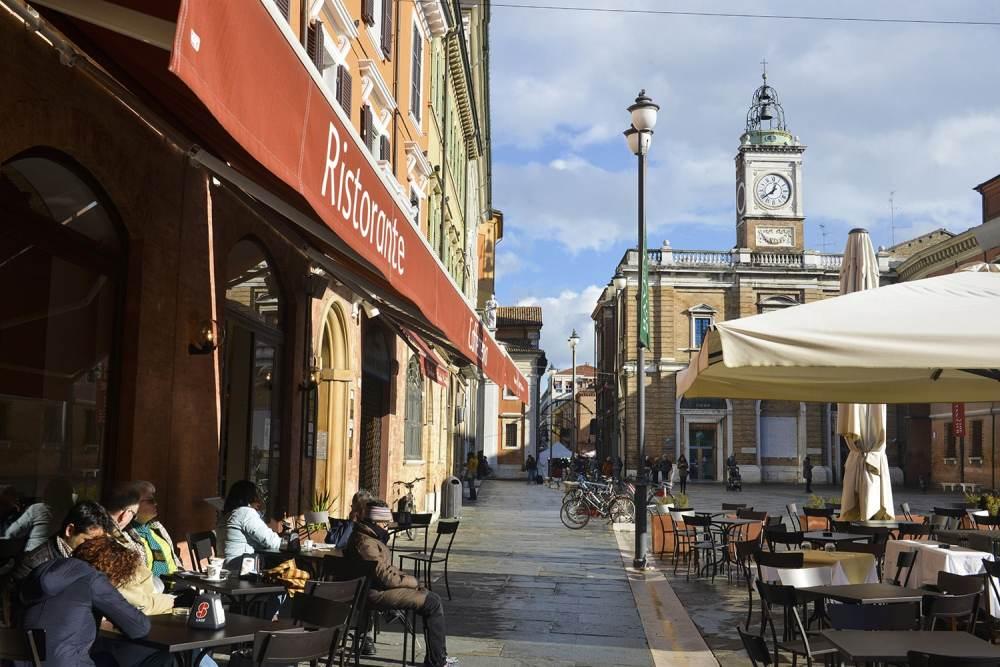 Piazza del Popolo, Ravenna, byer i Italia