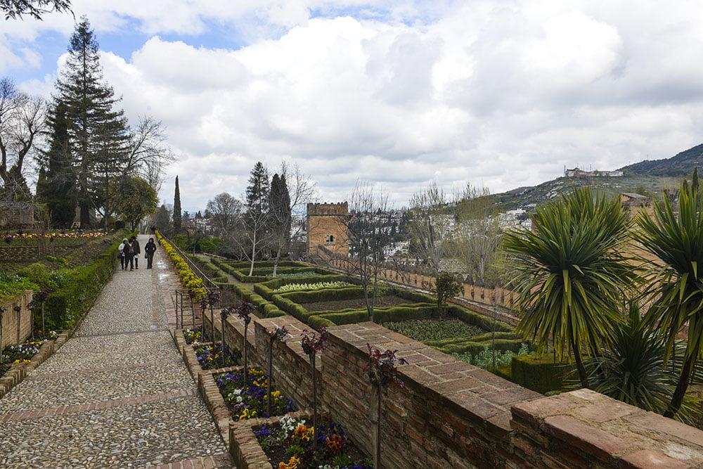 Jardines del Paraiso hage Alhambra