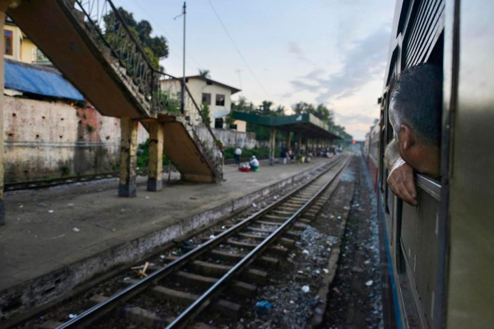 Tog i Burma