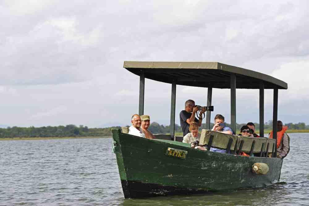 safari med båt i Malawi