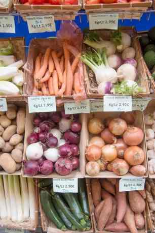 Grønnsakshandler i Provence