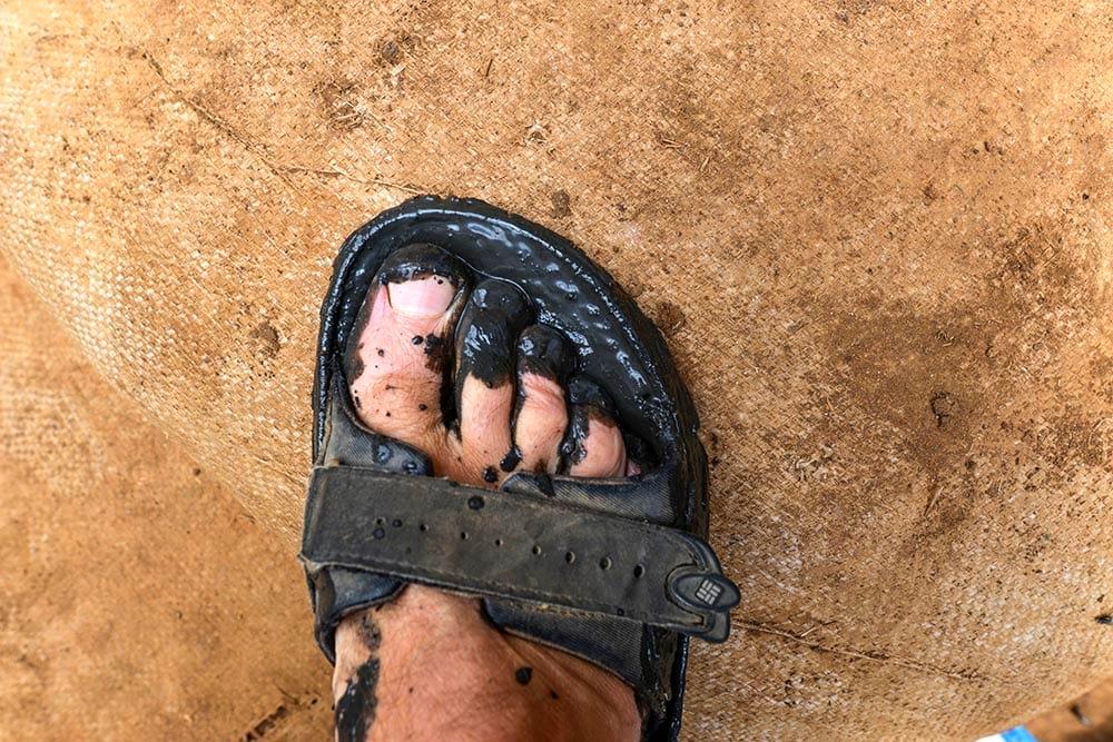Sandal med gjørme i Kibera