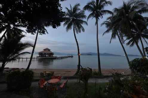 Stranda på en resort i Koh Wai i Thailand