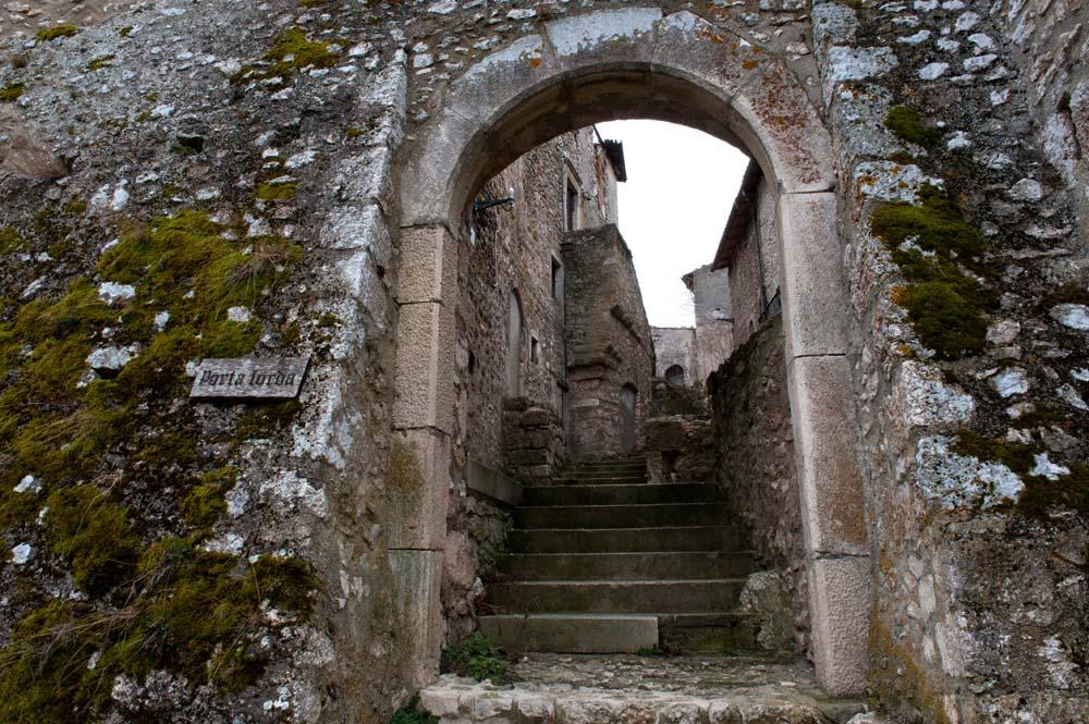 Landsbyen Calascio i Abruzzo
