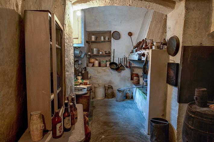Kjøkkenet i Casa Grotta di VIco Salitario i Matera