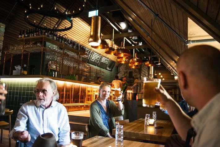 Øl i Nedre Foss Bryggeri i Oslo