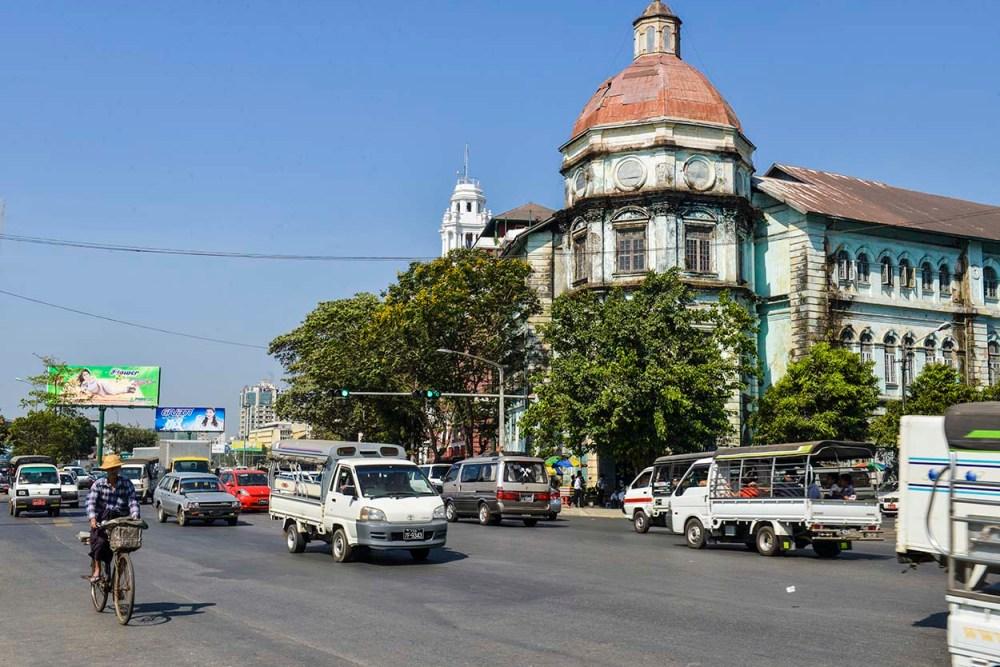 Klonibygget Accountant General Building i Yangon