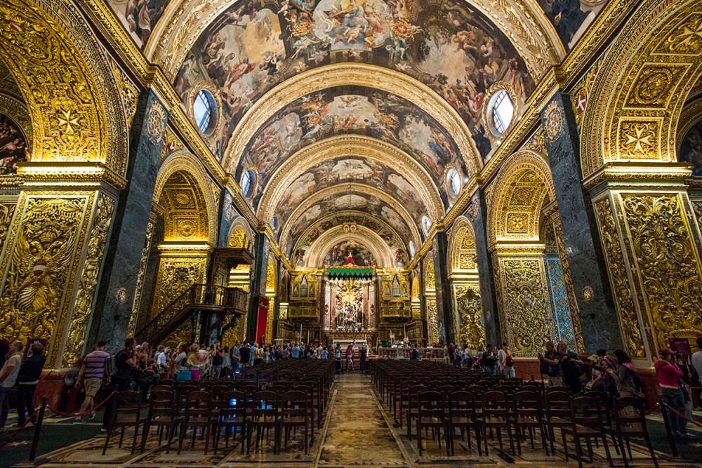 Interiøret i Saint John Co Cathedral i Valletta