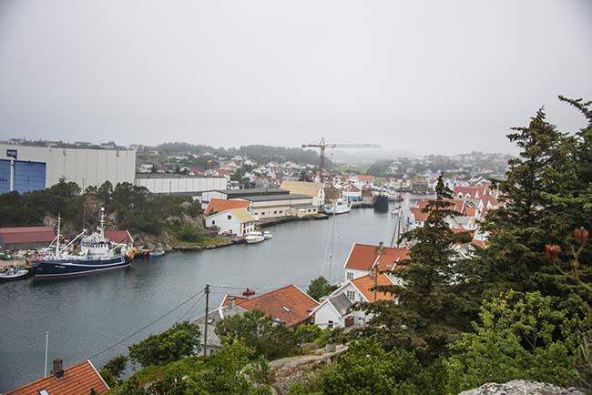 Utsikt over innseilinga til Skudeneshavn