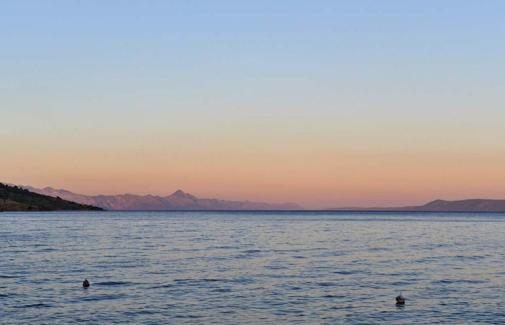 Hvar-sundet ved solnedgang.