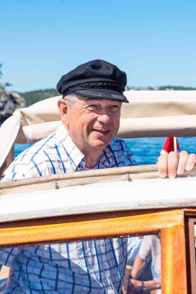 Jan Helgebostad om bord på  Sonja G