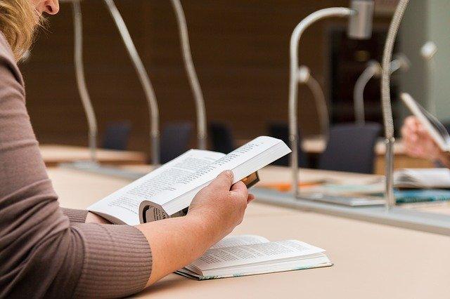 Ler é uma saudável opção com ou sem pandemia.