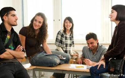 الدرس (14) تعلم اللغة المانية طبعاً ستأتيان إلى آخن؟