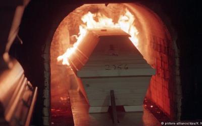 ألمانيا : استخدامات جديدة محتملة للمقابر مع تزايد حرق الموتى