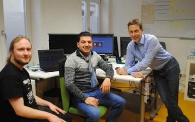 ألمانيا : صحيفة محلية تتحدث عن تجربة ناجحة لشاب سوري بالتدريب المهني في مجال المعلوماتية