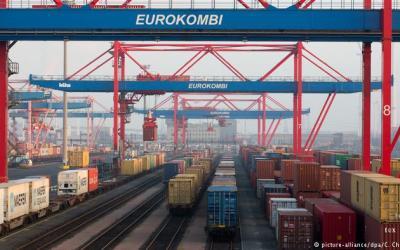 300 مليار دولار الفائض التجاري خلال عام في ألمانيا