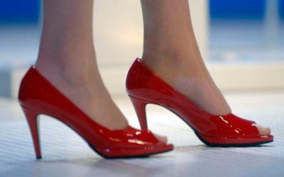 عاملة في متجر أحذية في بريمن  تسرق 100 حذاء بقيمة 10 آلاف يورو
