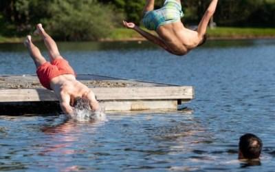 ألمانيا : شاب و شابة ينقذان شاباً سورياً من الغرق في بحيرة