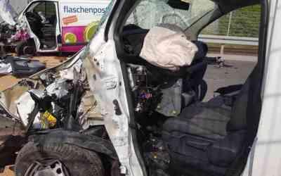 حادث سير مروع في مدينة ألمانية .. شاحنتان تصطدمان وجهاً لوجه