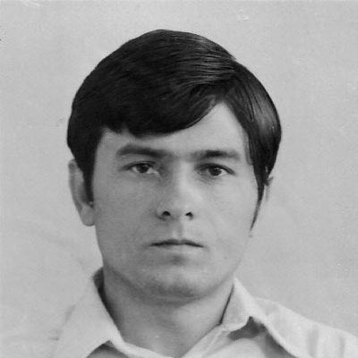 Viktor Semzov, Enkel von Tamara Rolloff