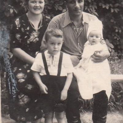 Nadeschda, Tochter von Tamara Rolloff