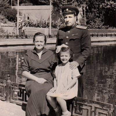 Tamara Rolloff mit Mann und Tochter Nadeschda