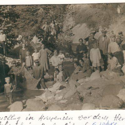 1932 Ausflug in Armenien vor dem Herbst