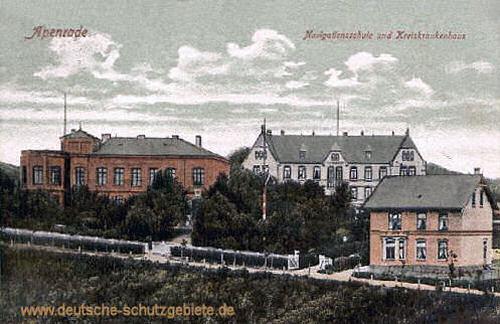Apenrade, Navigationsschule und Kreiskrankenhaus