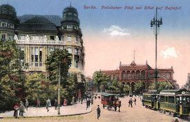 Berlin, Potsdamer Platz mit Blick auf Bahnhof